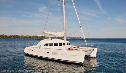 Catamaran Lagoon 380 (2005)