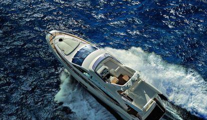 Motor boat Azimut 58 (2010)
