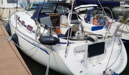Sailboat Bavaria Cruiser 30 (2006)
