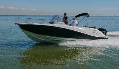 Speedboat Quicksilver Activ 675 SD (2020)