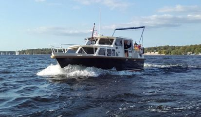 Motor boat Custom Built (1982)