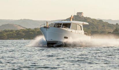 Motor boat Sasga 34 (2020)