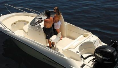 Lancha motora Ranieri Poseidon Blue Water 6.40m (2016)