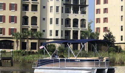 Speedboat Berkshire 270 Tri-Toon (2014)