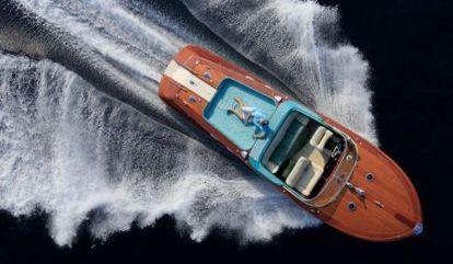 Speedboat Riva Aquarama (1977)