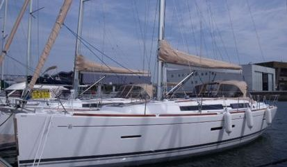 Sailboat Dufour 405 Grand Large (2011)