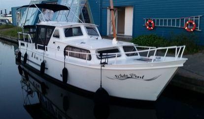 Barco a motor Curtevenne 830 (1979)