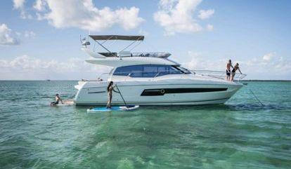 Motor boat Prestige 460 Fly (2018)