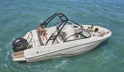 Speedboat Cap Camarat 650 BR (2015)