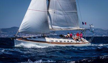 Sailboat Beneteau First 47.7 (2015)