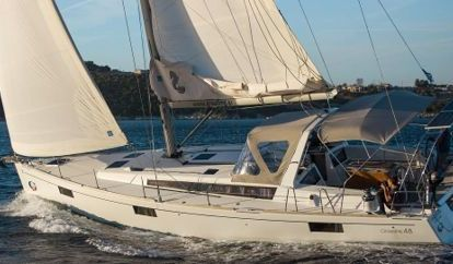 Sailboat Beneteau Oceanis 48 (2015)