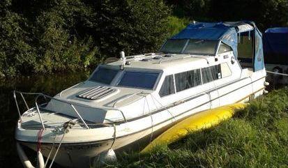 Imbarcazione a motore Atlanta 24 (1990)