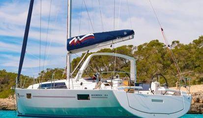 Sailboat Beneteau Moorings 42.1 (2018)