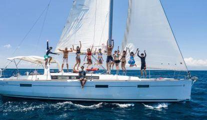 Sailboat Beneteau Oceanis 45 (2017)