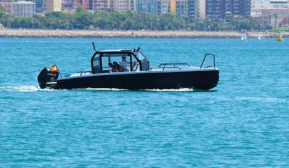 Sportboot XO Boats Defender (2020)