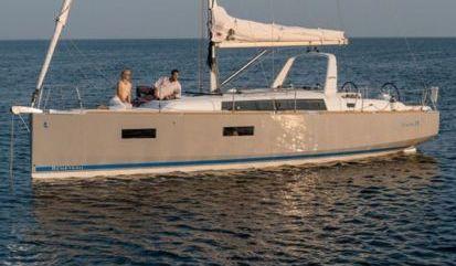 Velero Beneteau Oceanis 38.1 (2021)