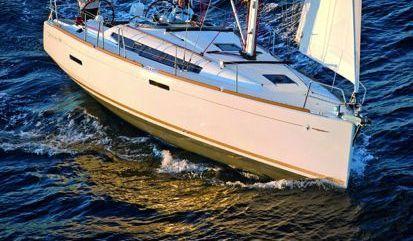 Sailboat Jeanneau Sun Odyssey 389 (2021)
