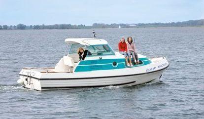 Motor boat Bellus 750 (2010)