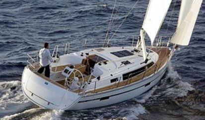 Sailboat Bavaria Cruiser 37 (2021)