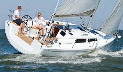 Sailboat Hanse 315 (2021)