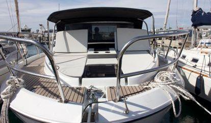 Motorboot Beneteau Antares 11 OB (2021)
