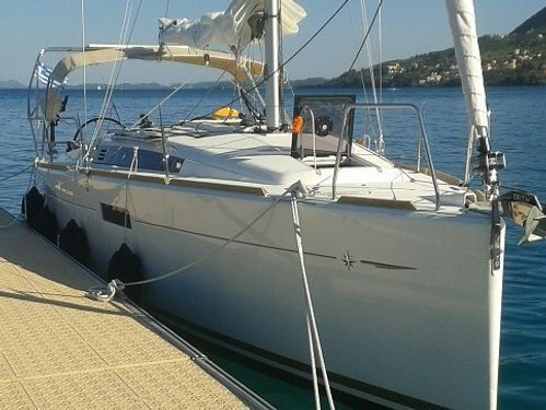 Sailboat Jeanneau Sun Odyssey 349 (2014)