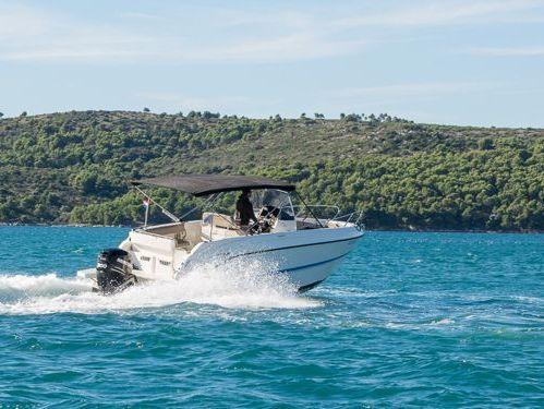 Speedboat Quicksilver Activ 805 Open (2015)