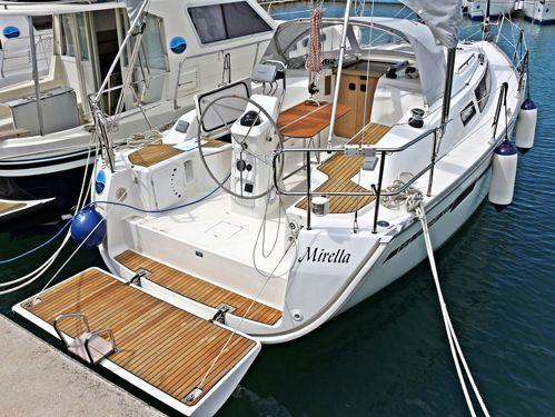 Zeilboot Bavaria Cruiser 33 (2013)