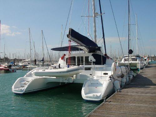 Catamaran Fountaine Pajot Lavezzi 40 (2006)