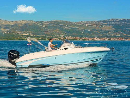 Speedboat Beneteau Flyer 750 (2012)