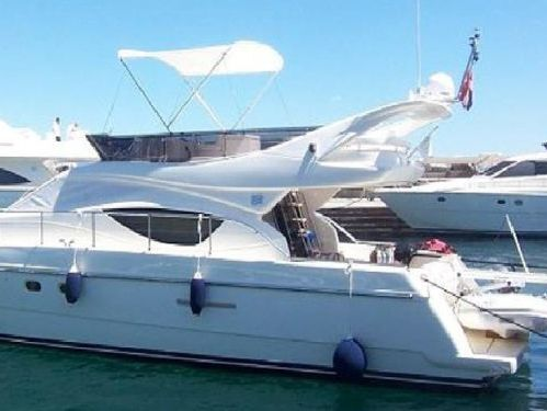 Motor boat Ferretti 460 (2007)