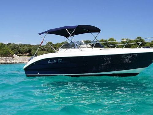 Speedboat NadirMarine Eolo 650 Day (2012)
