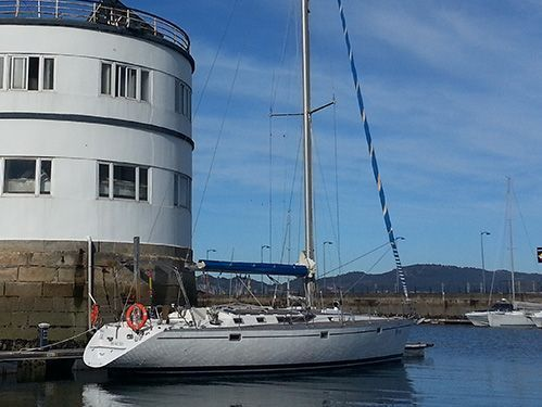 Sailboat Beneteau Oceanis 500 (1990)