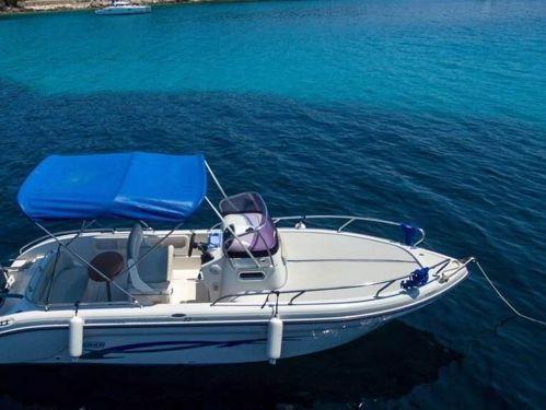 Motor boat Ranieri Shadow 22 (2012)