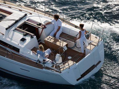 Sailboat Dufour 405 (2012)