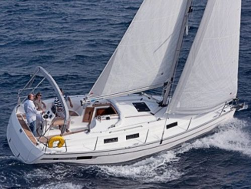 Segelboot Bavaria Cruiser 32 (2012)