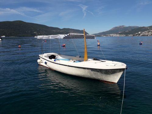 Motor boat Custom Built (2018)