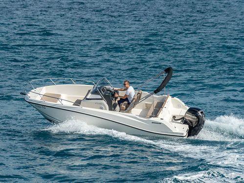 Speedboat Quicksilver Activ 675 Open (2018)
