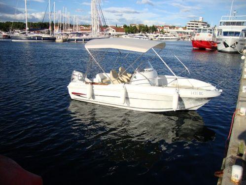 Speedboat Beneteau Flyer 550 Open (2014)
