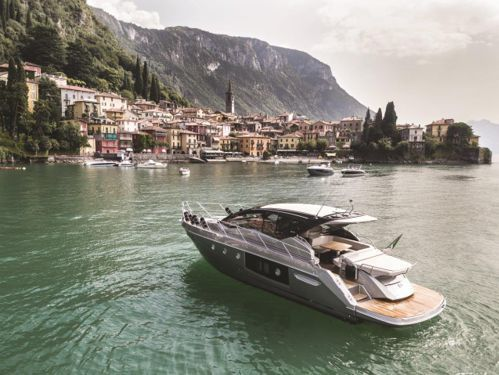 Motorboot Cranchi M44 HT (2019)