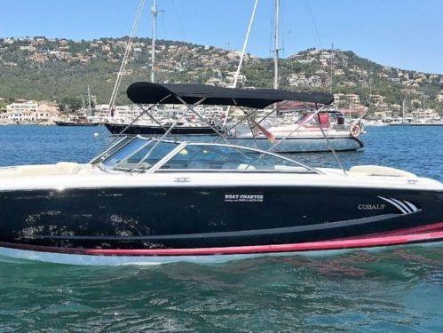 Motor boat Cobalt A28 (2012)