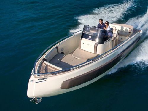 Motor boat Invictus 280 TT (2019)