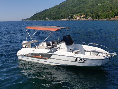 Speedboat Beneteau Flyer 6.6 Spacedeck (2017)