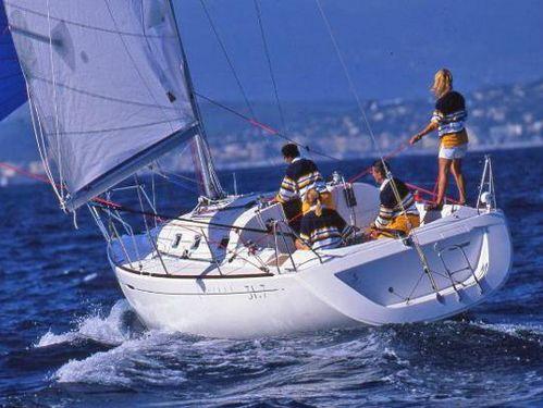 Sailboat Beneteau First 31.7 (2008)