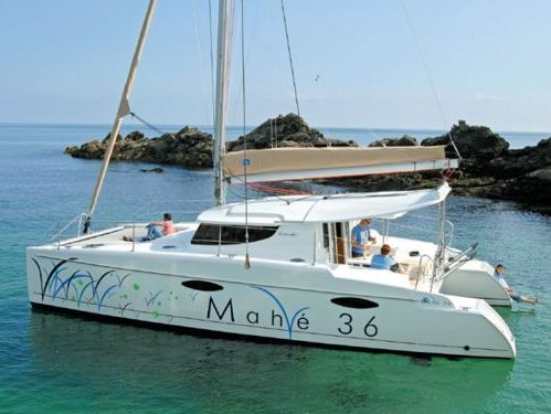 Catamaran Fountaine Pajot Mahe 36 (2012)