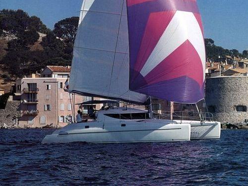 Catamaran Fountaine Pajot Athena 38 (2006)