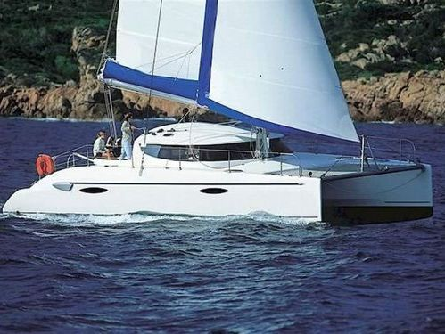 Catamaran Fountaine Pajot Athena 38 (2003)