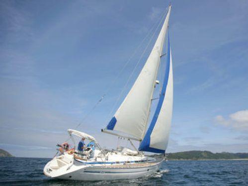 Sailboat Bavaria 41 (2000)