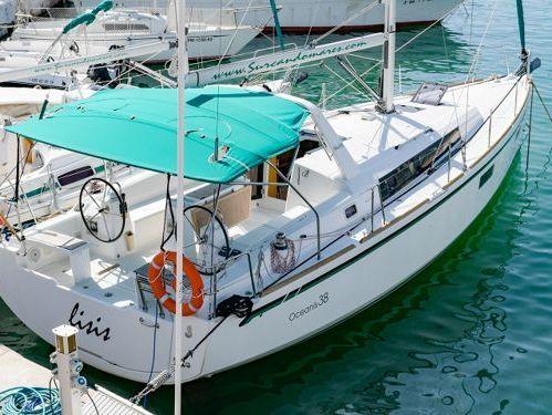 Segelboot Beneteau Oceanis 38 (2014)