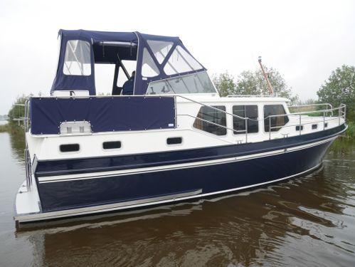 Motorboot Privateer 34 (2000)